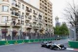 Гамильтон в невероятное в конце выиграл Гран-при Азербайджана
